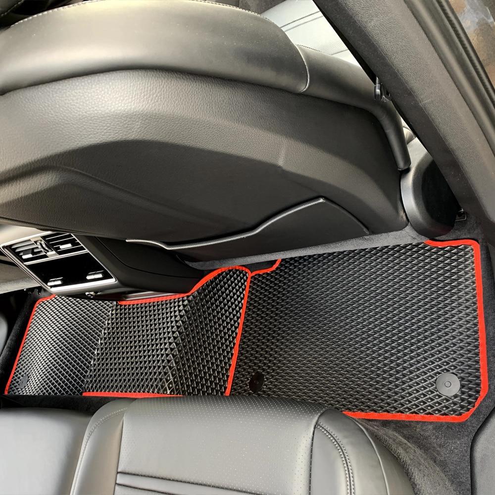 סט שטיחים לחלק האחורי שחור עם מסגרת אדומה   גלריית תמונות של שטיחים לרכב