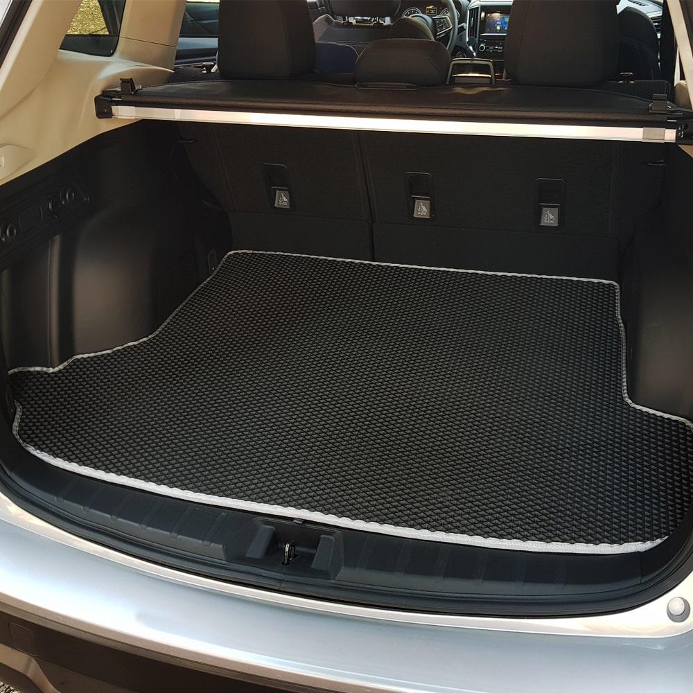 שטיח לתא מטען בהתאמה   שטיח לבגאז' הרכב